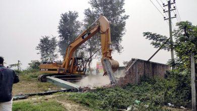 Photo of সোনারগাঁয়ে রেলওয়ের জমিতে উচ্ছেদ অভিযান