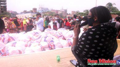 Photo of জাতীয় শোক দিবসে মাতুয়াইলে অসহায়দের মাঝে খাদ্যসামগ্রী বিতরন